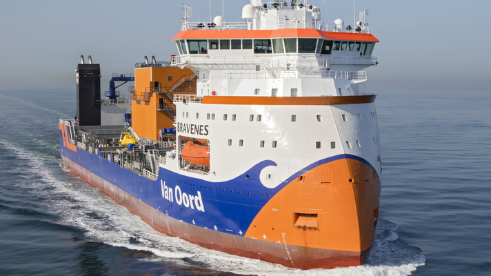 Personnel Van Oord protest against Covid schedules for seafarers