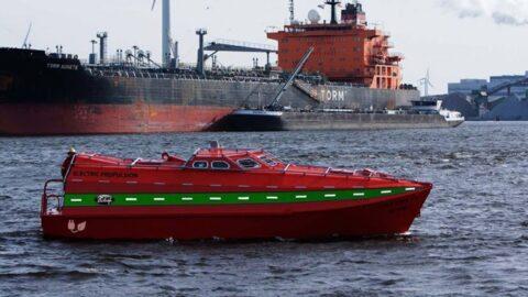 Verhoef electric freefall lifeboat