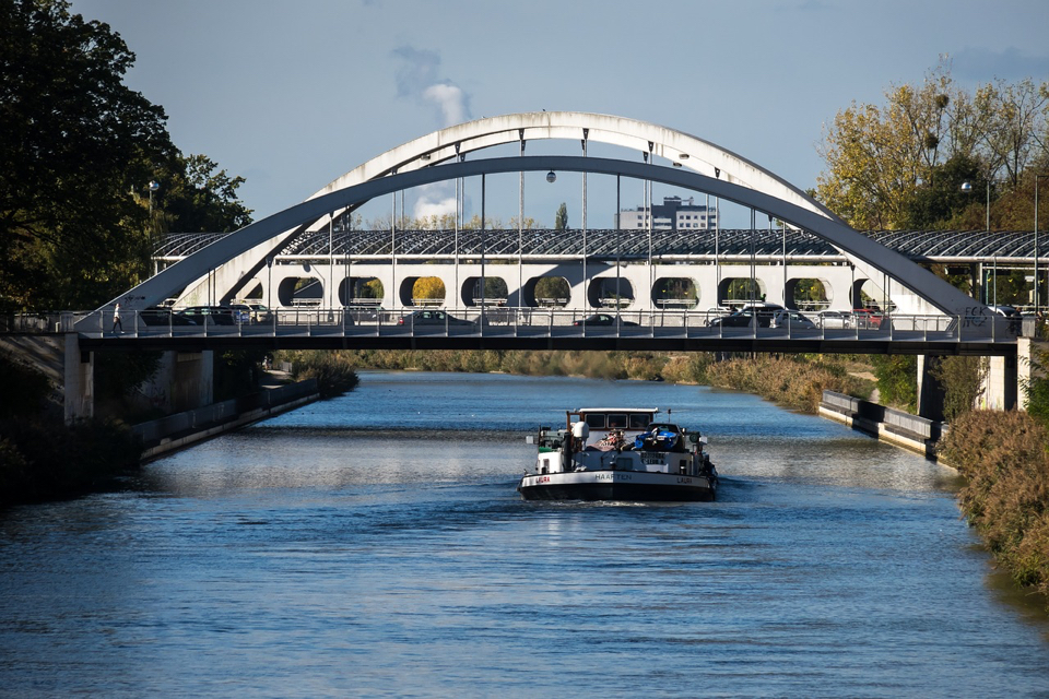'Clean sailing in inland navigation is not yet recouped'