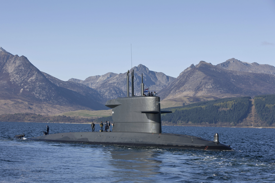 Royal IHC joins forces with trade unions for new Dutch submarines