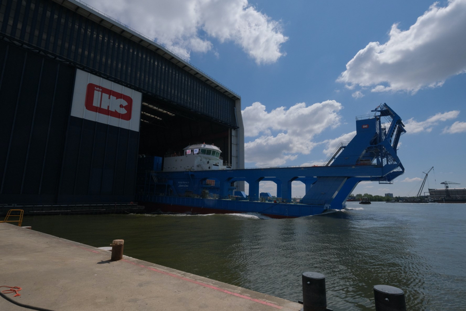 [VIDEO] IHC built 29,190-kW cutter suction dredger goes on sea trials