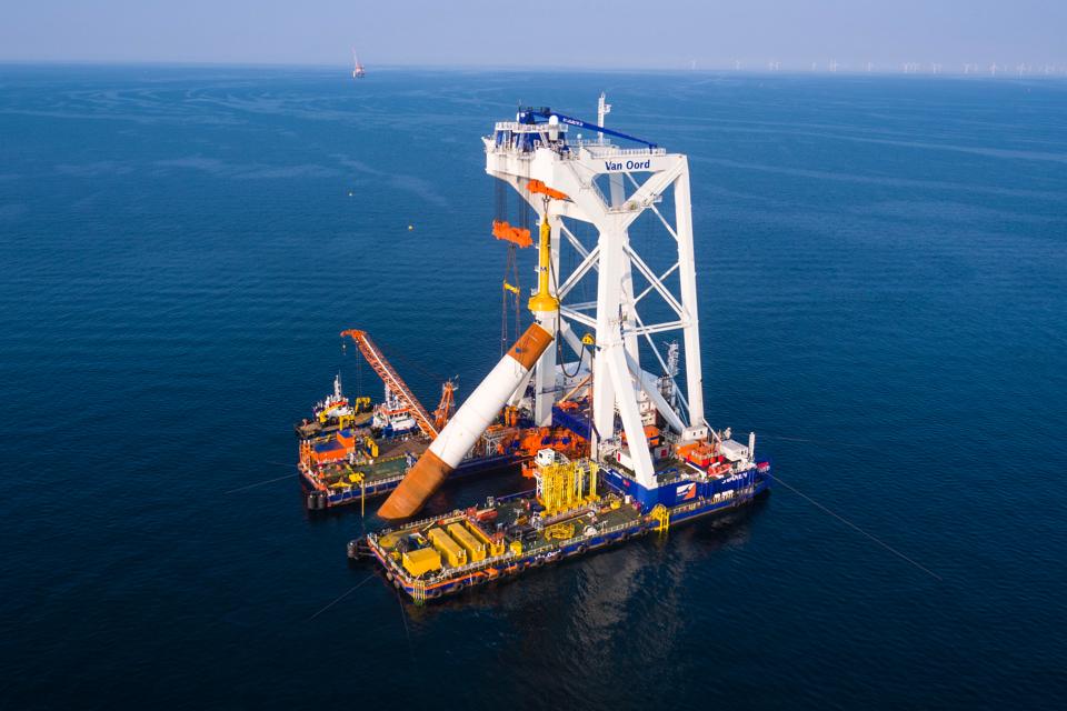 Van Oord's Svanen to start work at Danish offshore wind farm