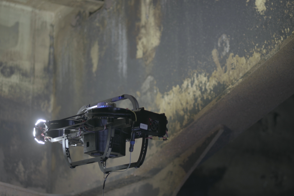 Video: Drone inspects FPSO oil tank using artificial intelligence