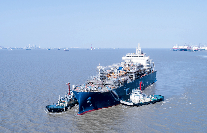 World's largest LNG bunkering vessel expected in Rotterdam