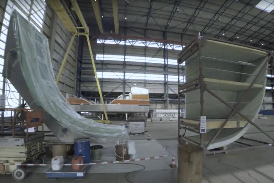 Video: Composite patrol vessel hull is taking shape