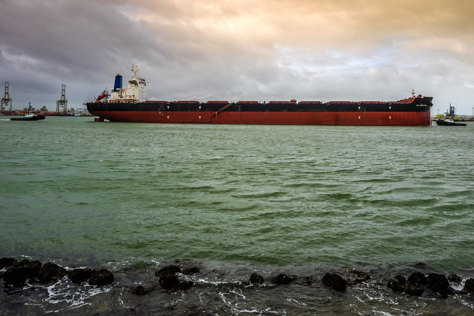 Half of new bulk carriers is fitted with a scrubber