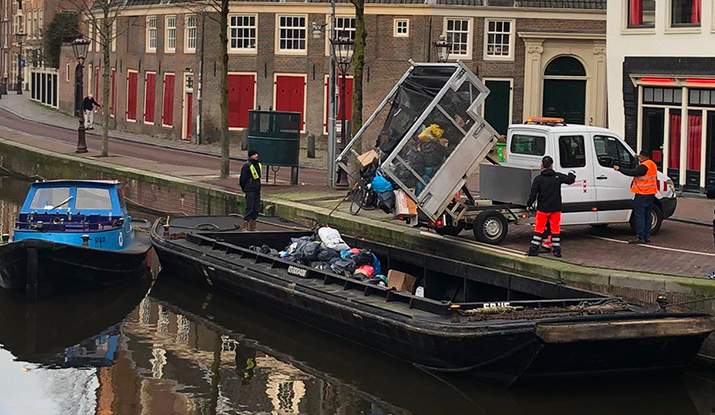 Amsterdam conducts trial with electric waste boats