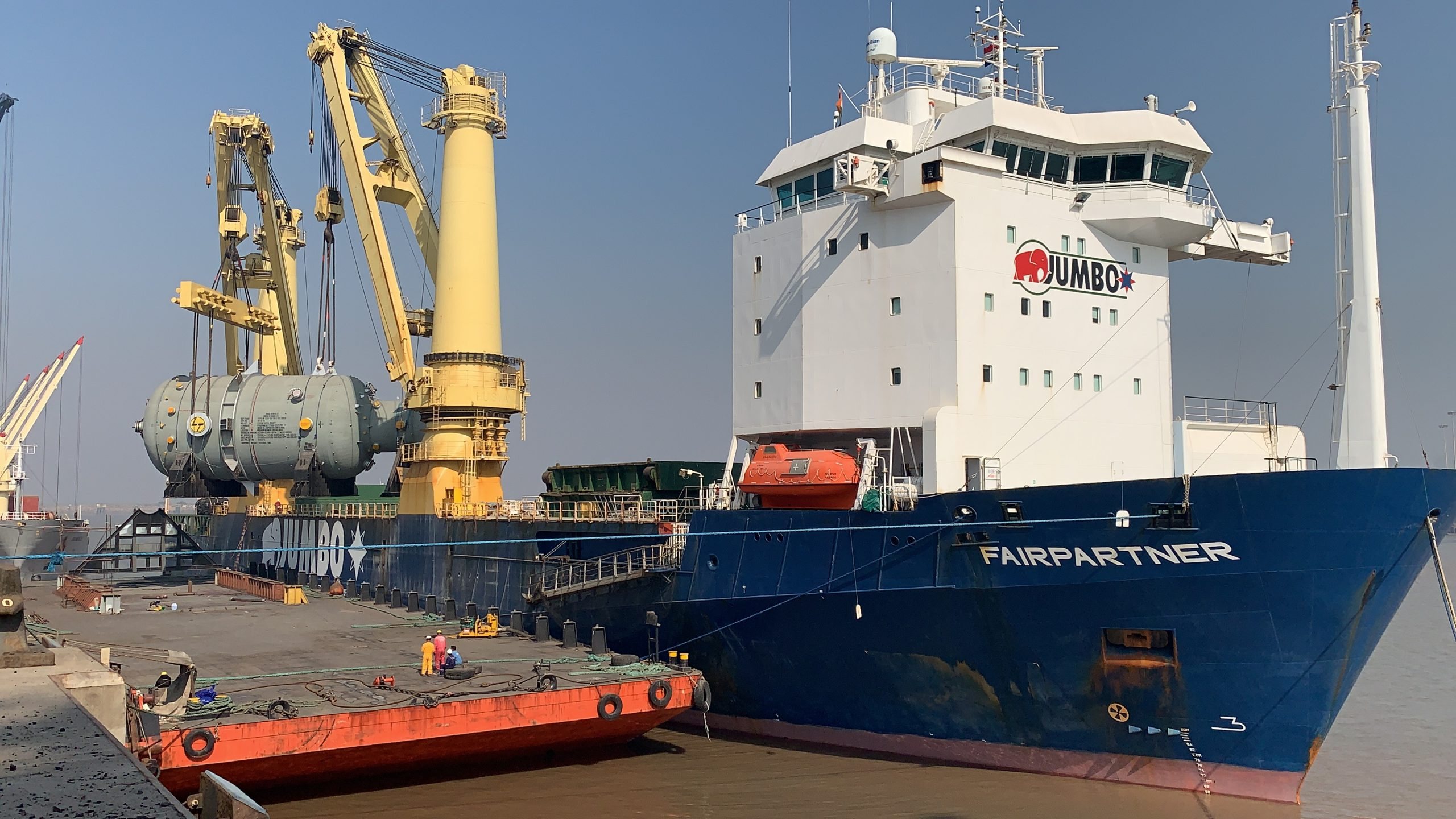 Jumbo sets record loading and delivering project cargo in India