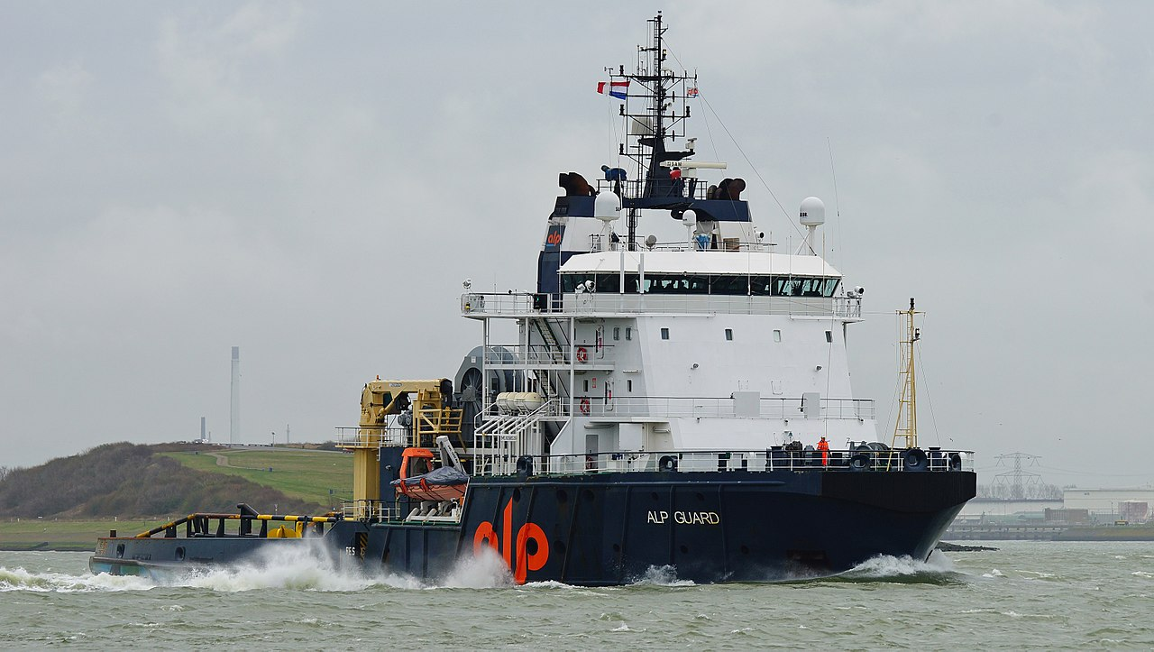 These are the most powerful tugboats in the world