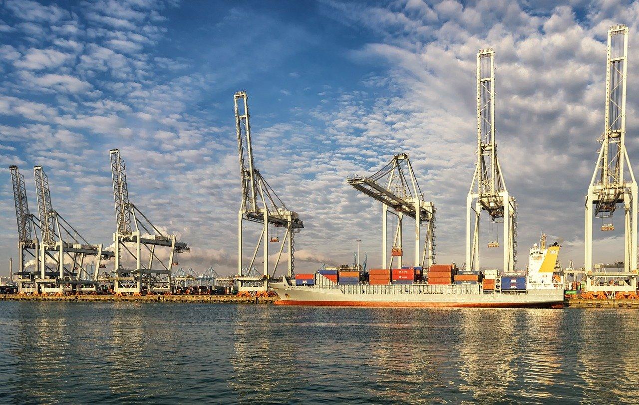 Rotterdam throughput up three per cent