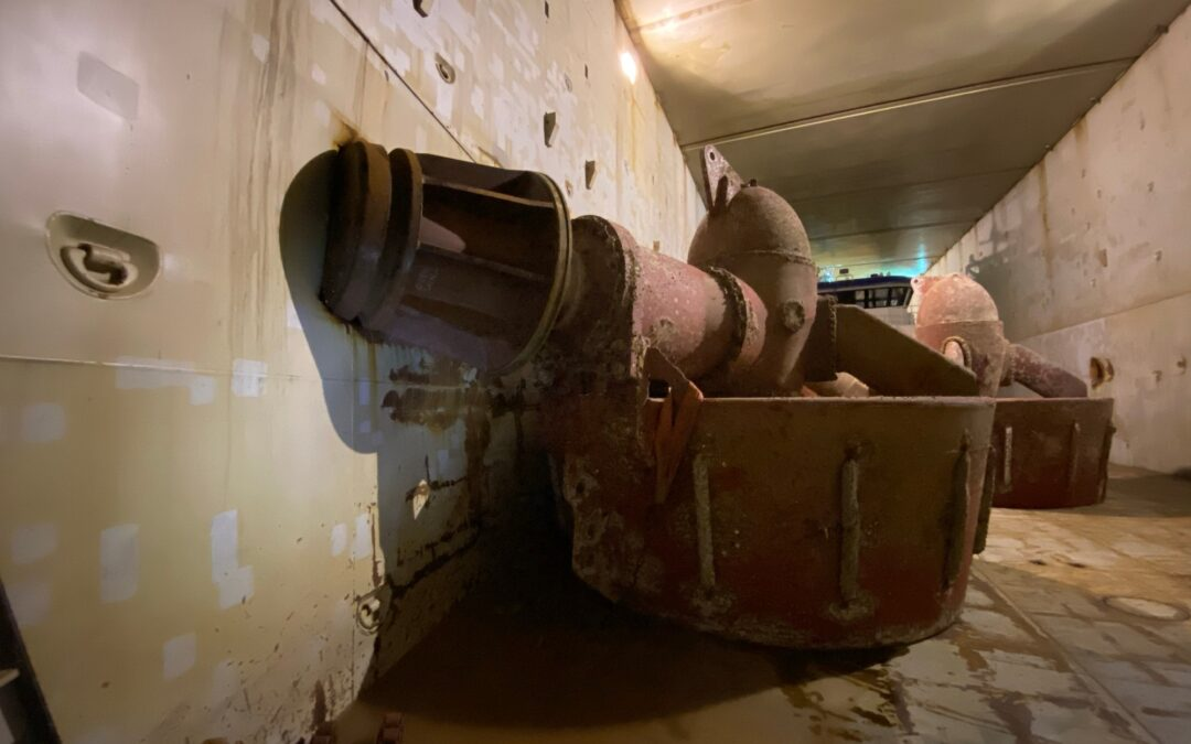 Norwegian Maritime Authority finds holes in ballast tanks Eemslift Hendrika, DSB launches investigation
