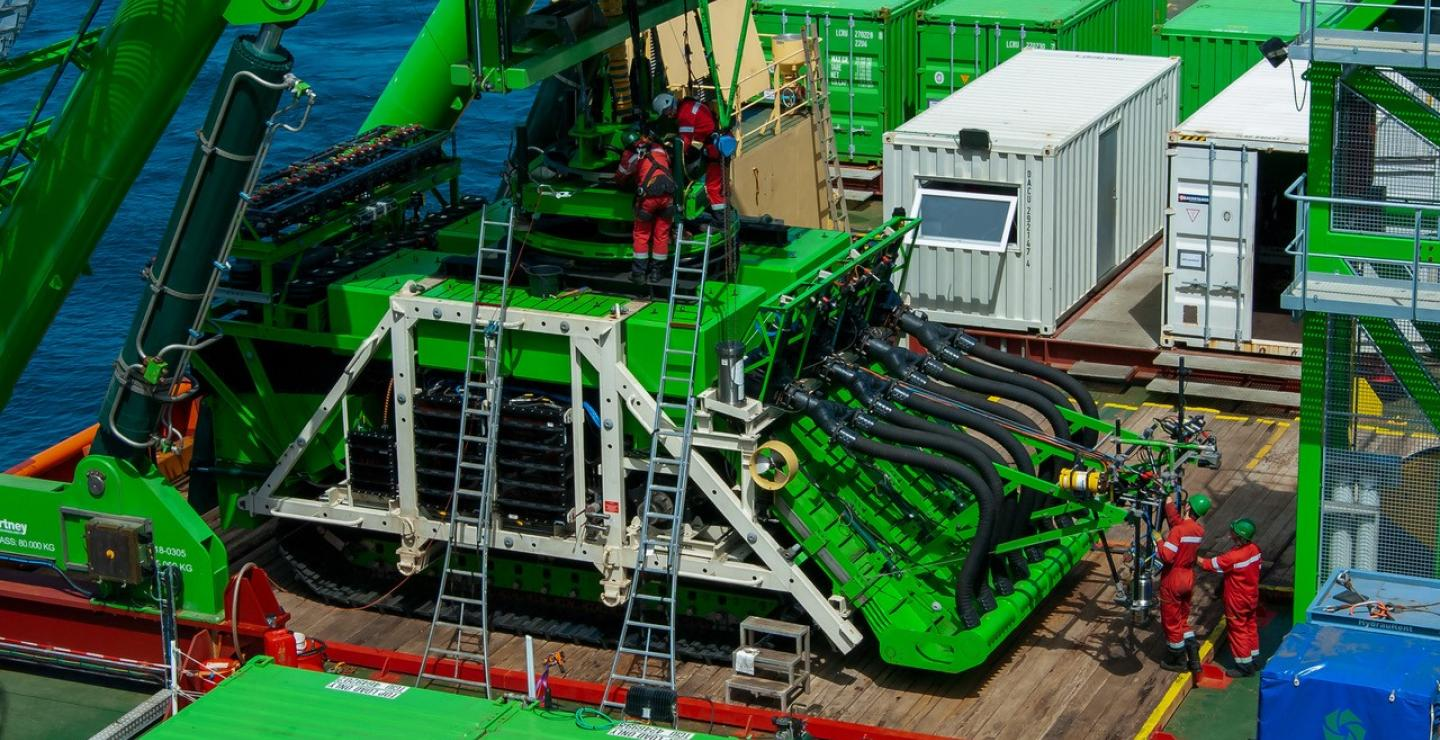 GSR's deepsea mining robot reconnected after cable had detached