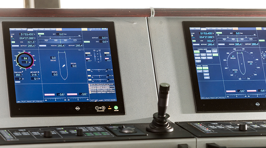 Green dynamic positioning system saves fuel and reduces noise