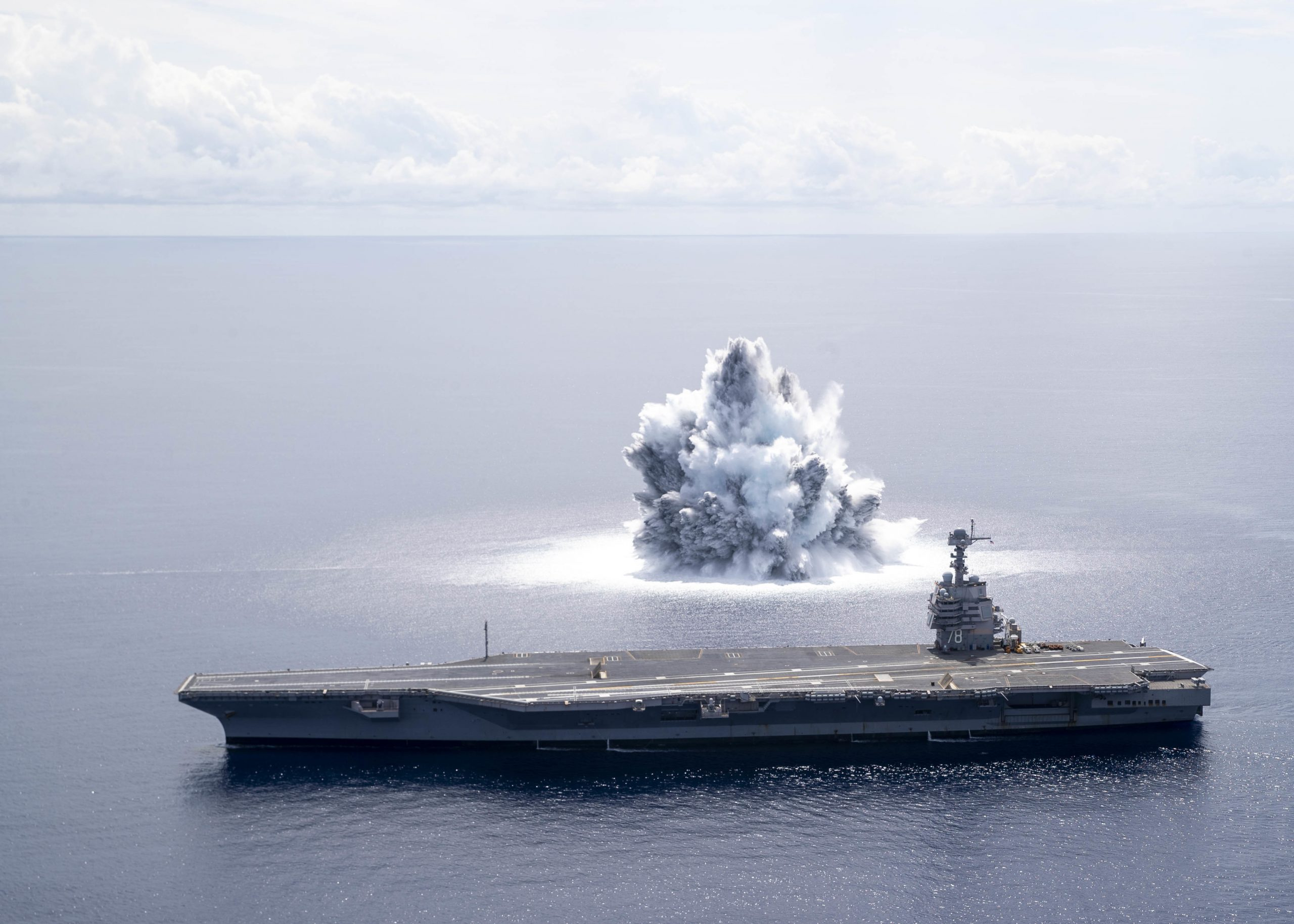 [VIDEO] US Navy aircraft carrier completes first full ship shock trials