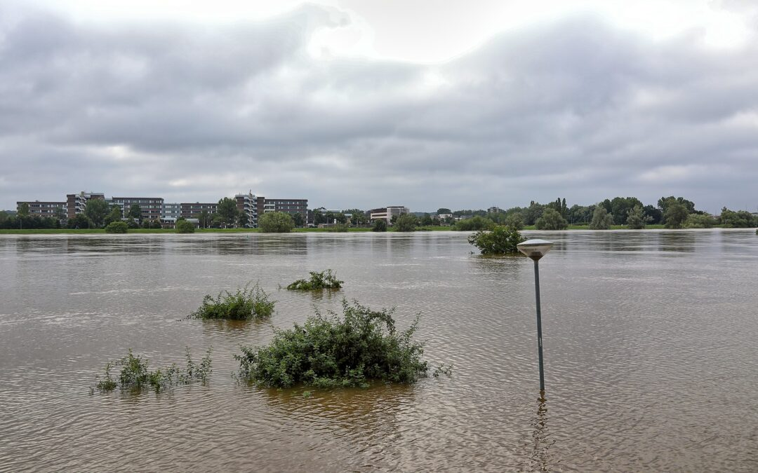 Dutch rivers accessible to shipping again