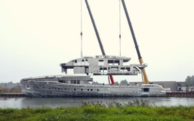 [VIDEO] Heesen joins hull and superstructure of 60-metre superyacht Project Skyfall