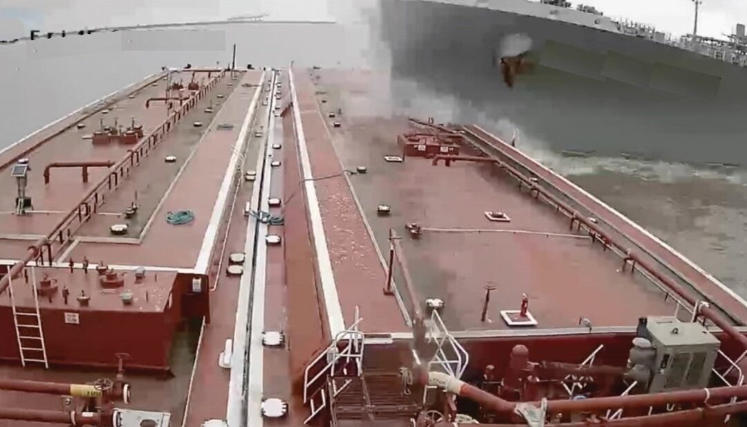 Watch out for hydrodynamic effects when manoeuvring your ship in restricted waterways