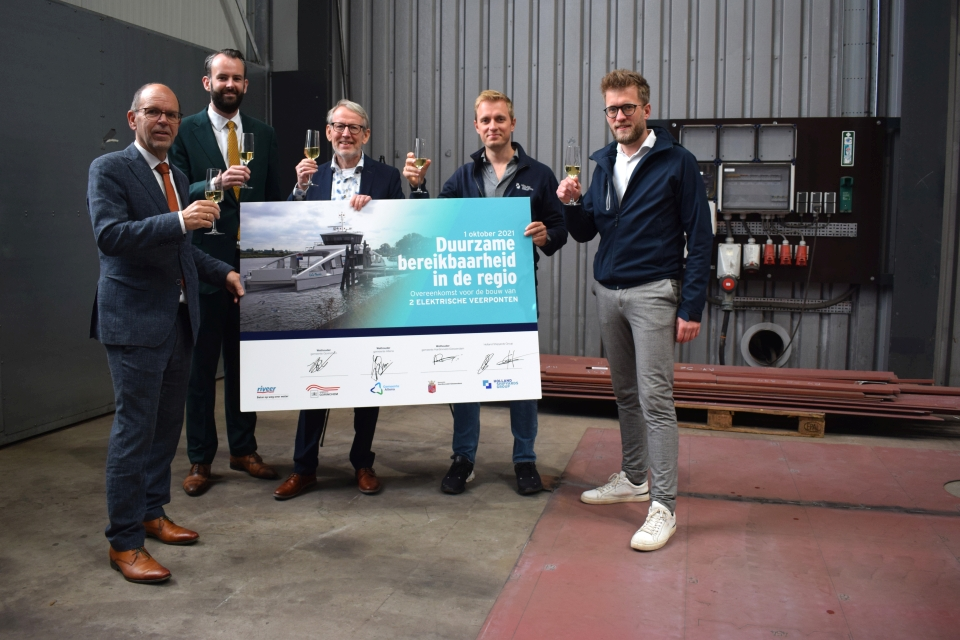 Holland Shipyards to start building electric ferries for Riveer